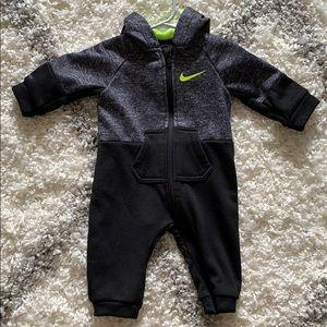 Baby boys 6-9 mo Nike Bodysuit
